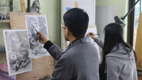 武汉艺体特长生资格认定 武汉中考美术特长生专业测试要求